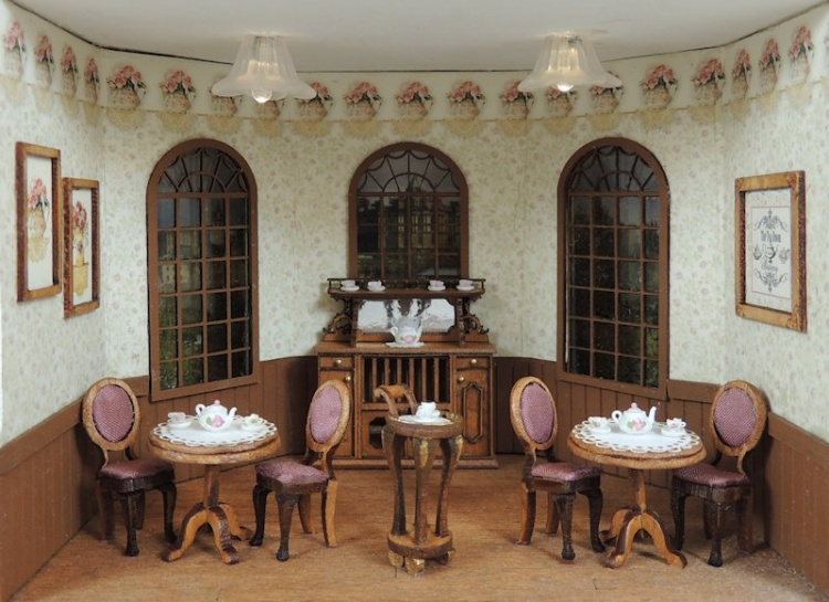 Rose's Tea Room 1/4 Scale Project - Click Image to Close