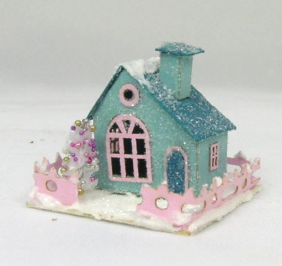Miniature houses on Pinterest | Glitter Houses, Putz ...