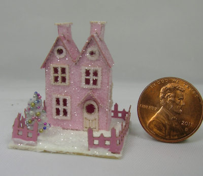 """Twin Peaks"" Miniature Putz House Kit - Click Image to Close"