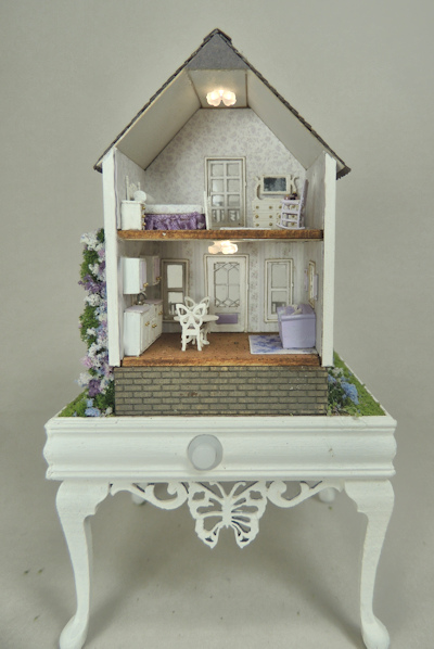 1/144th Scale Butterfly Cottage Online Class and Kit - Click Image to Close